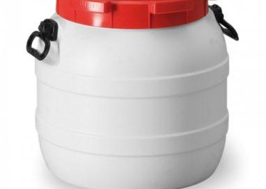 Kanistre a plastové sudy: Spoľahlivá preprava tekutín