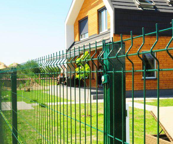 Premýšľate nad vhodným oplotením domu alebo záhrady? Dôležité je vybrať si pletivo, ktoré naplní vaše očakávania!