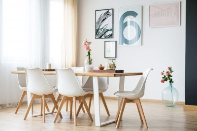 Vyberáte jedálenský stôl? Na toto sa zamerajte